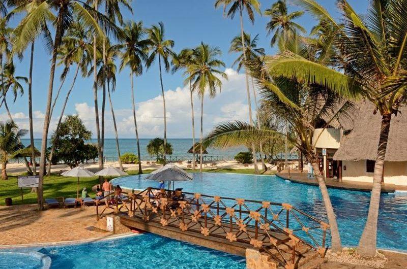 Paradise Beach Resort Safari
